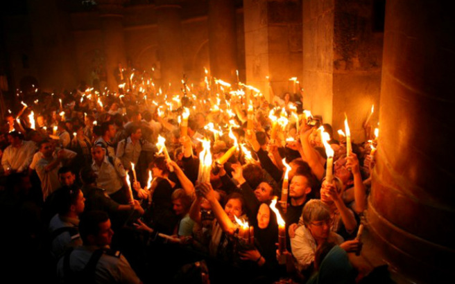 Στην Αθήνα το απόγευμα το Άγιο Φως
