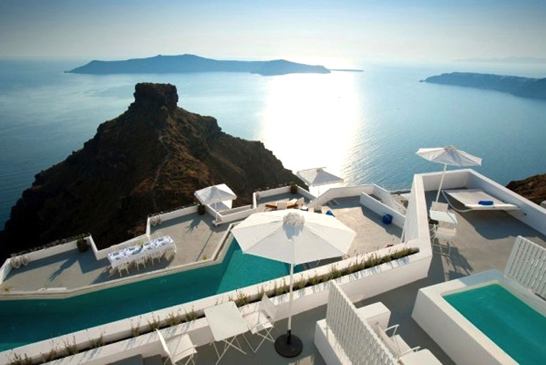 Greek Hotel Industry Got a Boost in 2015