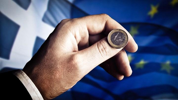 Bloomberg: Σταματήστε να διαφωνείτε για την Ελλάδα