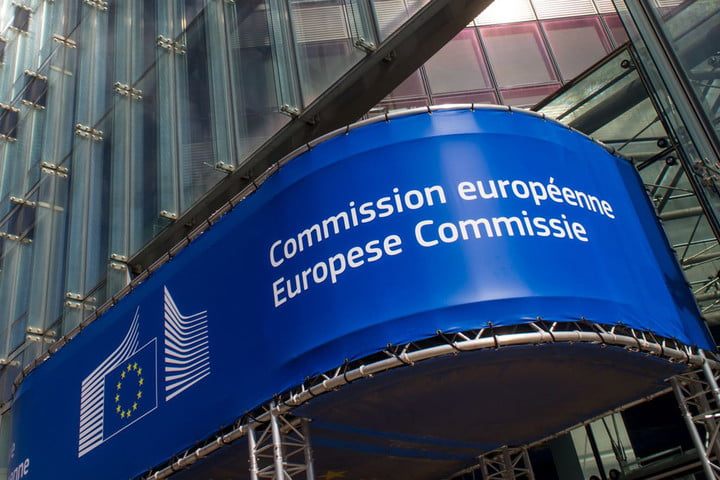 EU Commission's Autumn Forecast: Greek Economy To Grow By 2 % in 2019