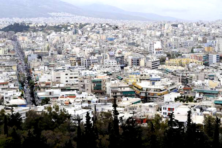 Foreigners Show Little Interest in Property-for-Permit Policy in Greece