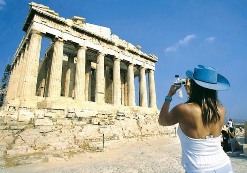 Πάνω από 23,5 εκατομμύρια οι τουρίστες στην Ελλάδα το τελευταίο εννεάμηνο