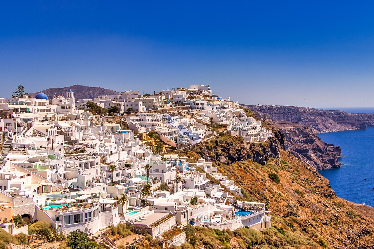 10 Greek islands worth visiting right after the pandemic
