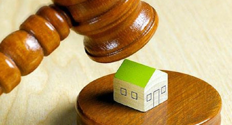 First 2,000 Greek Homes Auctioned in September