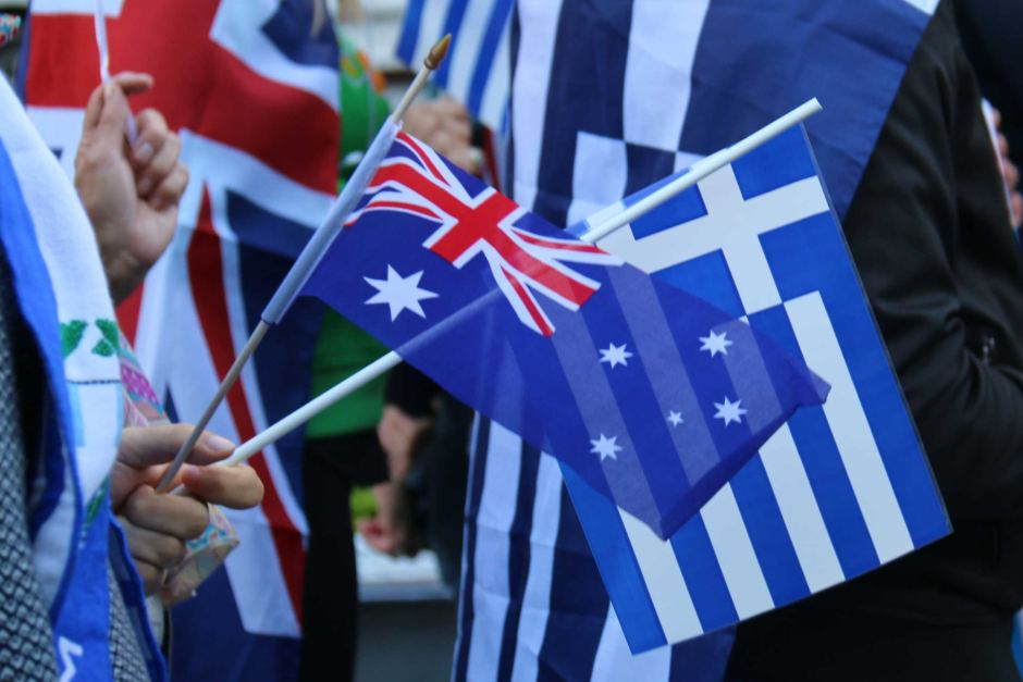 Work and Holiday Visa Allows Young Greeks to Work in Australia for 12 Months