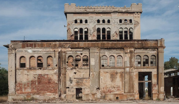 Monumenta: Photograph a Greek Building in Danger; You Could Save it and Win a Prize!