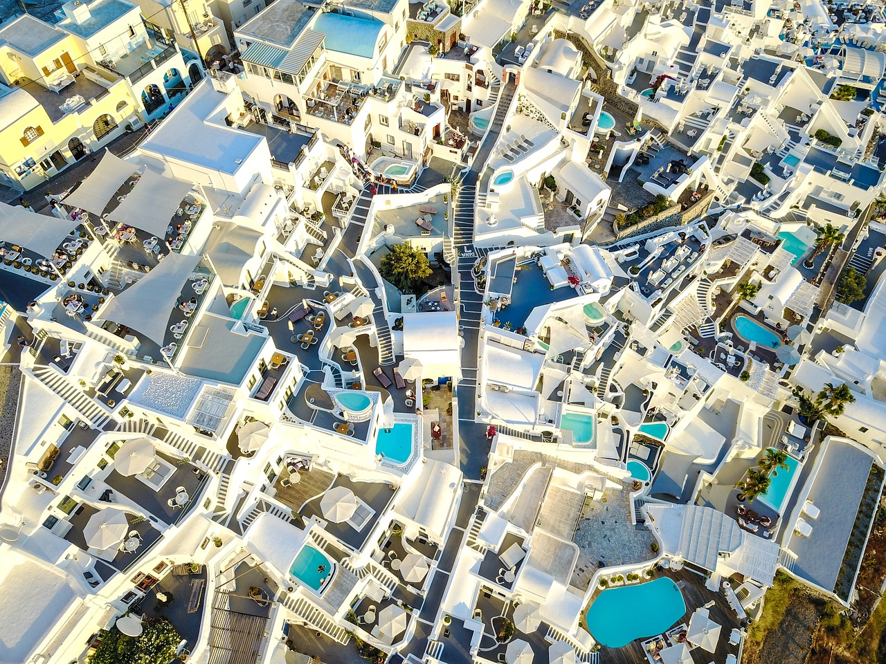 The increase of prices in property market in Greece