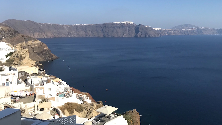 Why Santorini Urgently Needs a Sustainable Tourism Plan