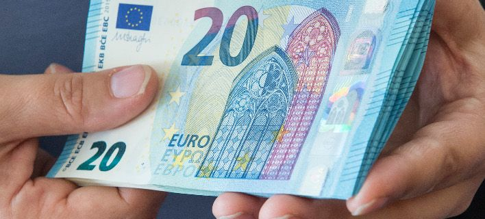 Handelsblatt για Ελλάδα: Ρώσοι και Κινέζοι, με 250.000 ευρώ, γίνονται εύκολα… Ευρωπαίοι
