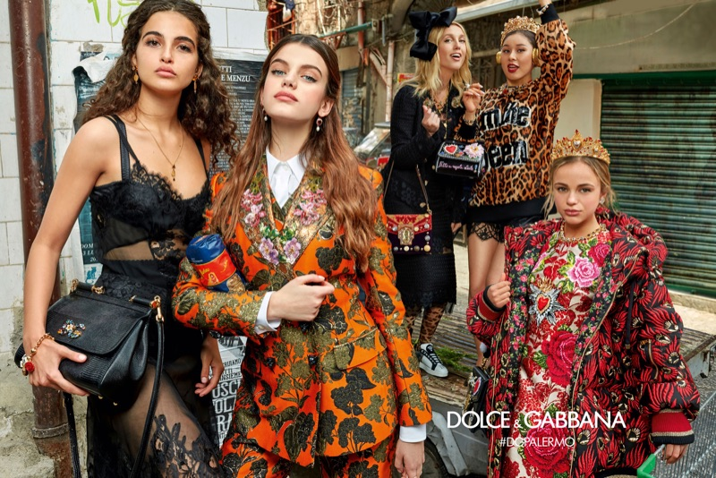 Греческую принцессу Олимпию Dolce&Gabbana отправили на рынок.