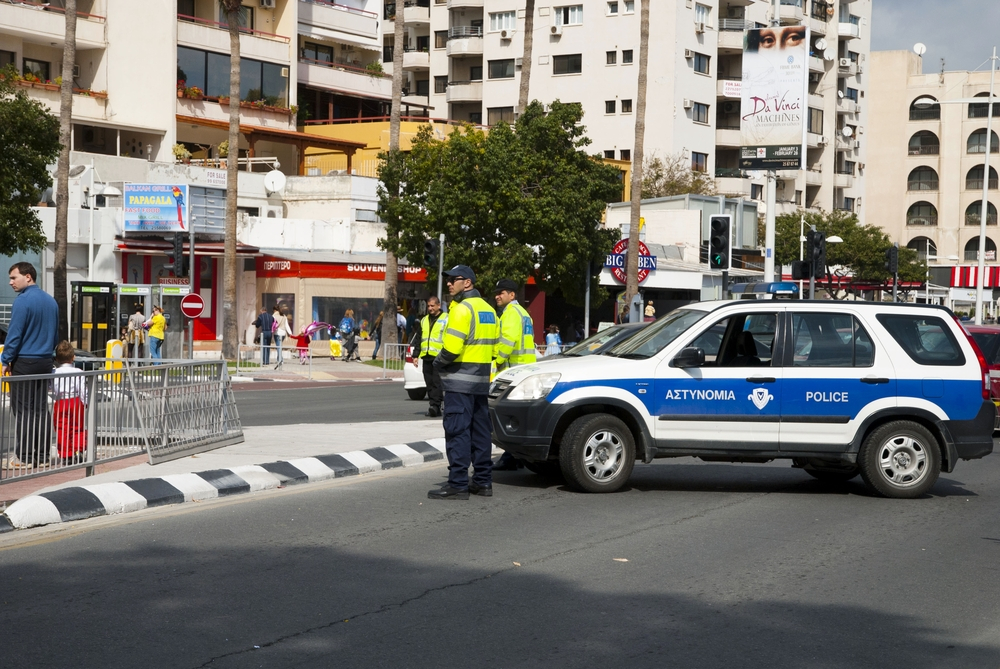 Полиция Кипра предлагает свои услуги по охране домов и помещений