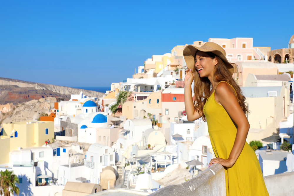 Tourism in Greece breaks revenue records