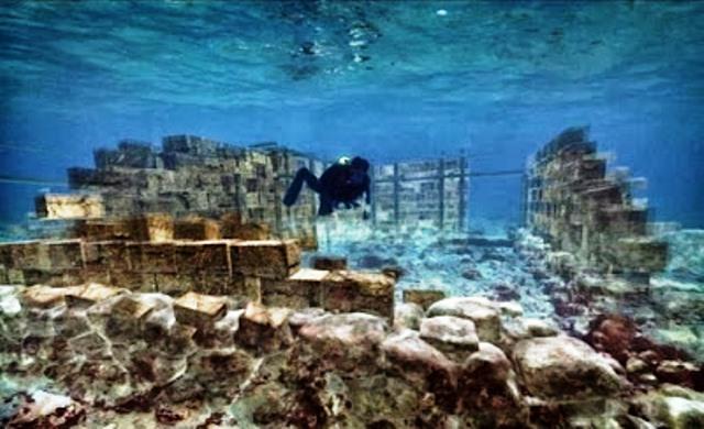 Μια υποβρύχια πολιτεία στην Ελαφόνησο