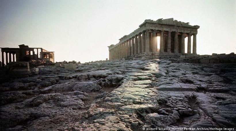 FAZ: Αμφίβολη μια γρήγορη συμφωνία με την Ελλάδα
