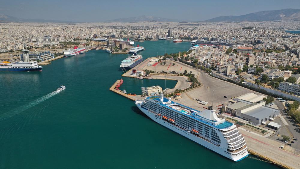Cosco планирует сделать Пирей самым большим портом в мире
