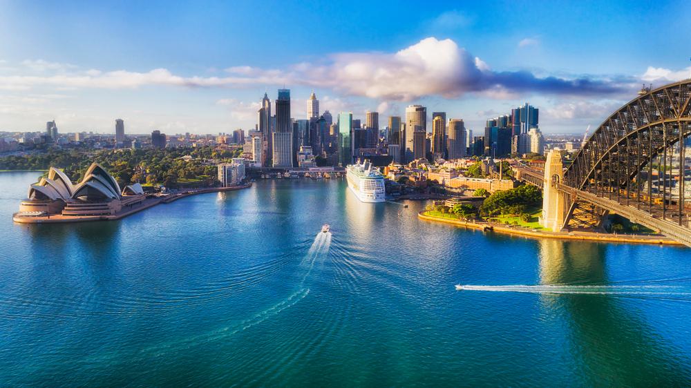 Australia – New Greek Investor