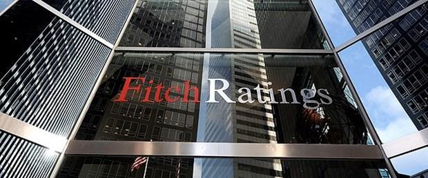 Fitch: Επιβεβαιώνει την αξιολόγηση «CCC» της Ελλάδας