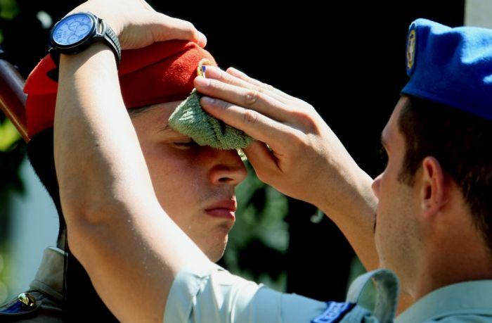Erste Hitzewelle des Jahres am Wochenende in Griechenland