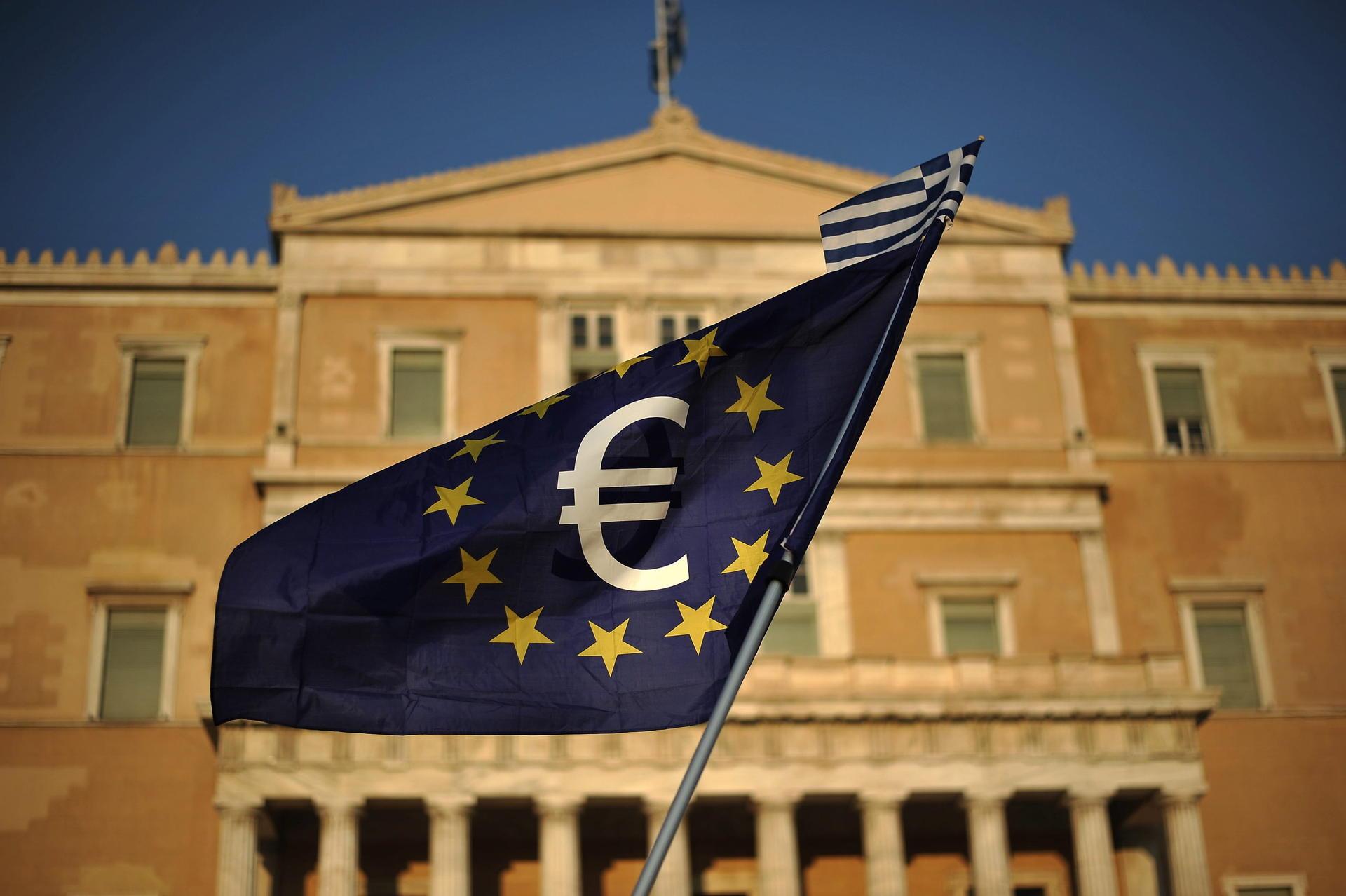 Handelsblatt: Μία… αθόρυβη δόση δισεκατομμυρίων προς την Ελλάδα