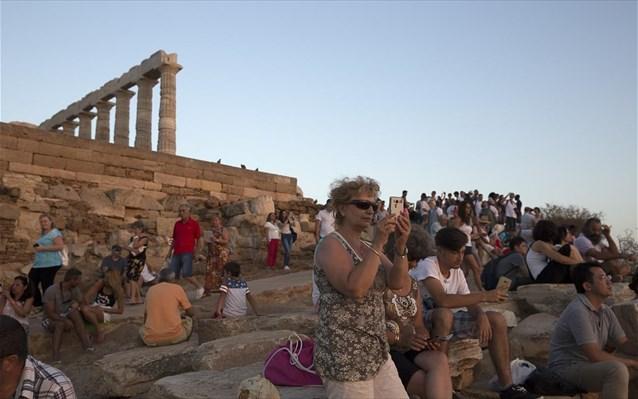 Die Welt: Ρεκόρ Γερμανών τουριστών στην Ελλάδα