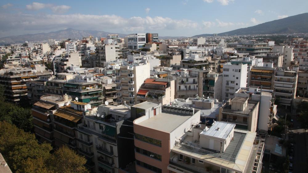 Airbnb και ξένοι επενδυτές «θερμαίνουν» την αγορά ακινήτων