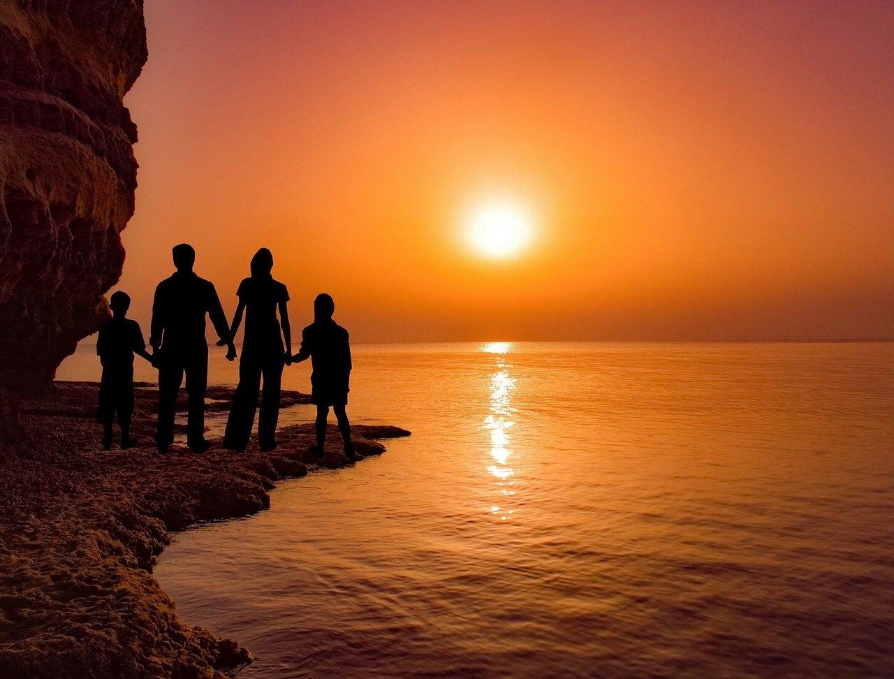 Кипр намеревается выйти из кризиса с помощью «золотых паспортов»