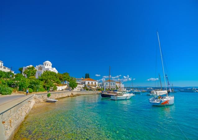 Східний Пелопоннес - світ розкоші та усамітнення