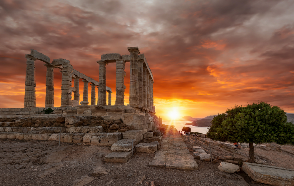 Новые находки греческих археологов у острова Антикитера