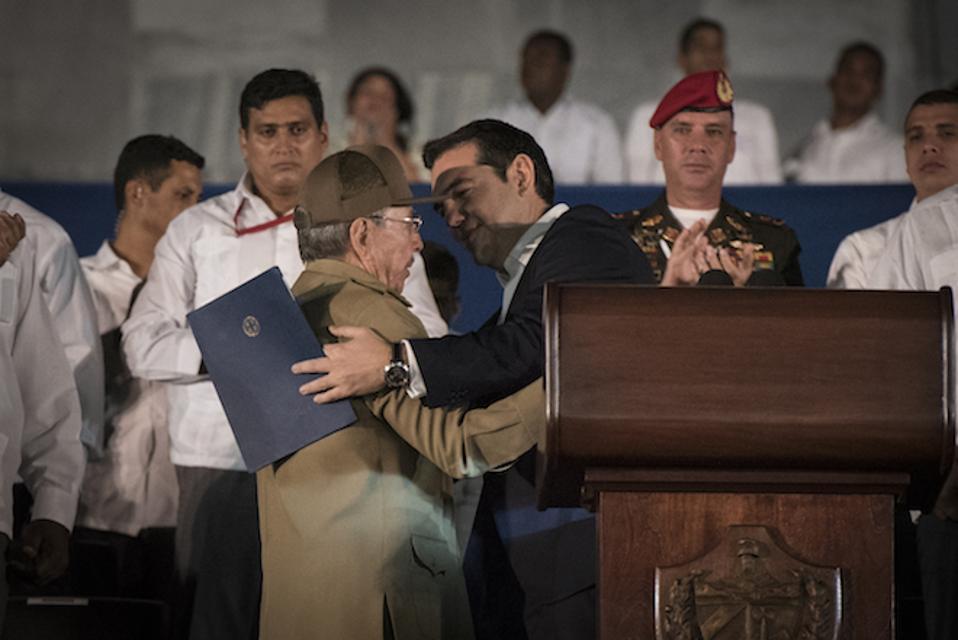 Στη… Λατινική Αμερική επενδύει πολιτικά το Μαξίμου