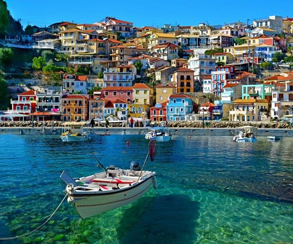 Греция от Шанель