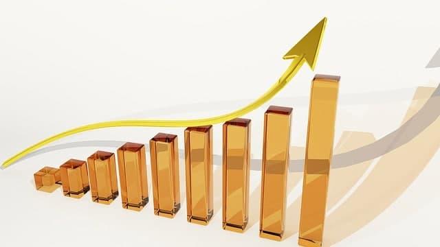In Immobilien investieren oder ein Aktienportfolio aufbauen