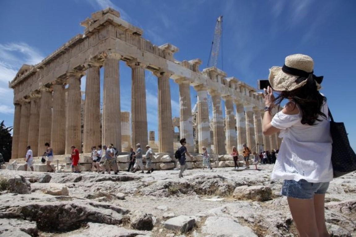 Tourismusbranche schafft im Mai die meisten Arbeitsplätze