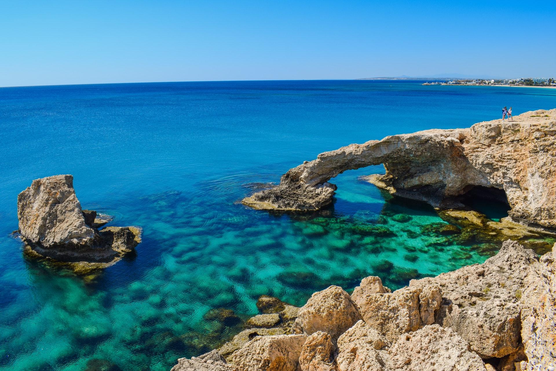 Кипр открыт с 1 апреля для россиян