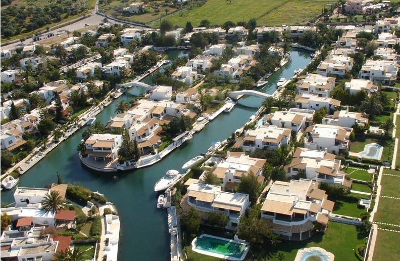Grekodom Development відновлює напрямок Порто-Ідра на Східному Пелопоннесі