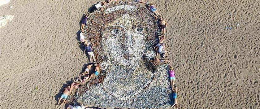 Κύπρια ζωγράφος και Ρώσος Γλύπτης δημιούργησαν τεράστιο πορτραίτο της Αφροδίτης στην Κύπρο!