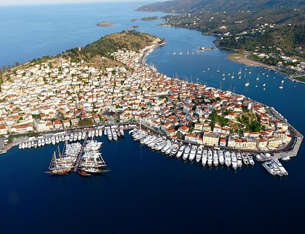 La Grèce occupe la première place en voyages sous voile