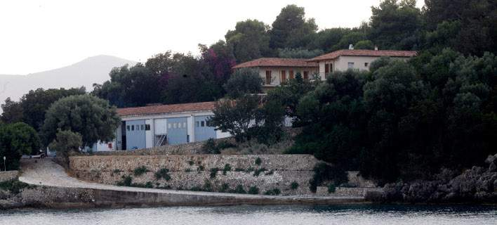 "Greece Approves Russian Billionaire's Makeover of ""Onassis Island"""