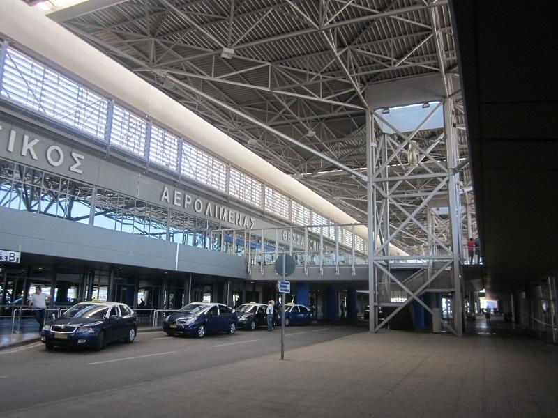 График реконструкции аэропорта «Македонии» сдвинули