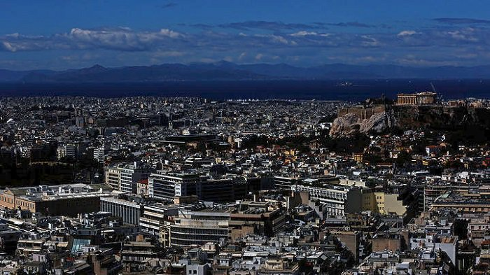 Chinese, Russians and Turks Rush to Buy Property in Greece